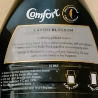 Mummy reviewer series: Comfort Perfume Deluxe 'Lavish Blossom'