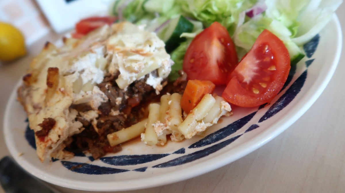 (AD) A thrifty, healthy Greek Pastitsio recipe #MeatMatters